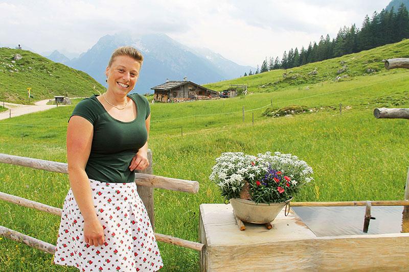 Kein Internet, kein Fernsehen, kein Telefon: Anja Beilhack auf der Mordau-Alm.